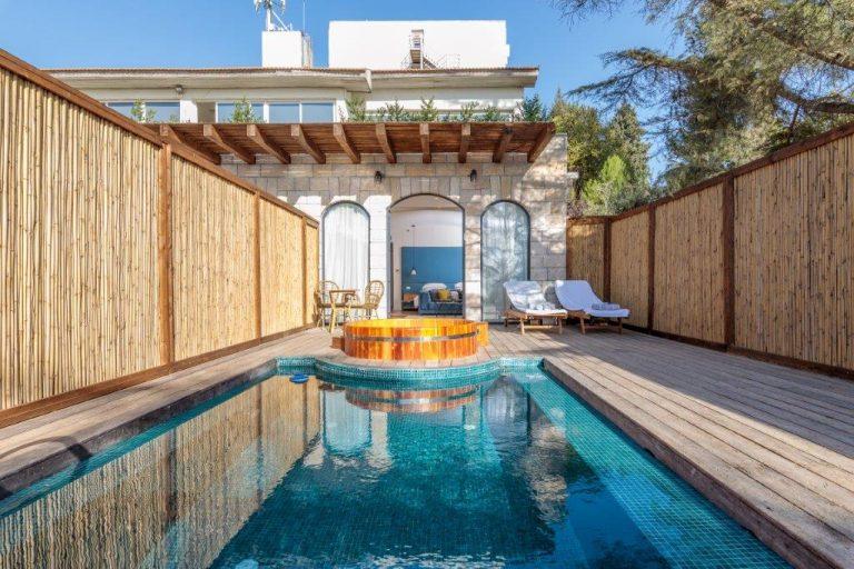 Junior Suite Private Pool Upper Terrace